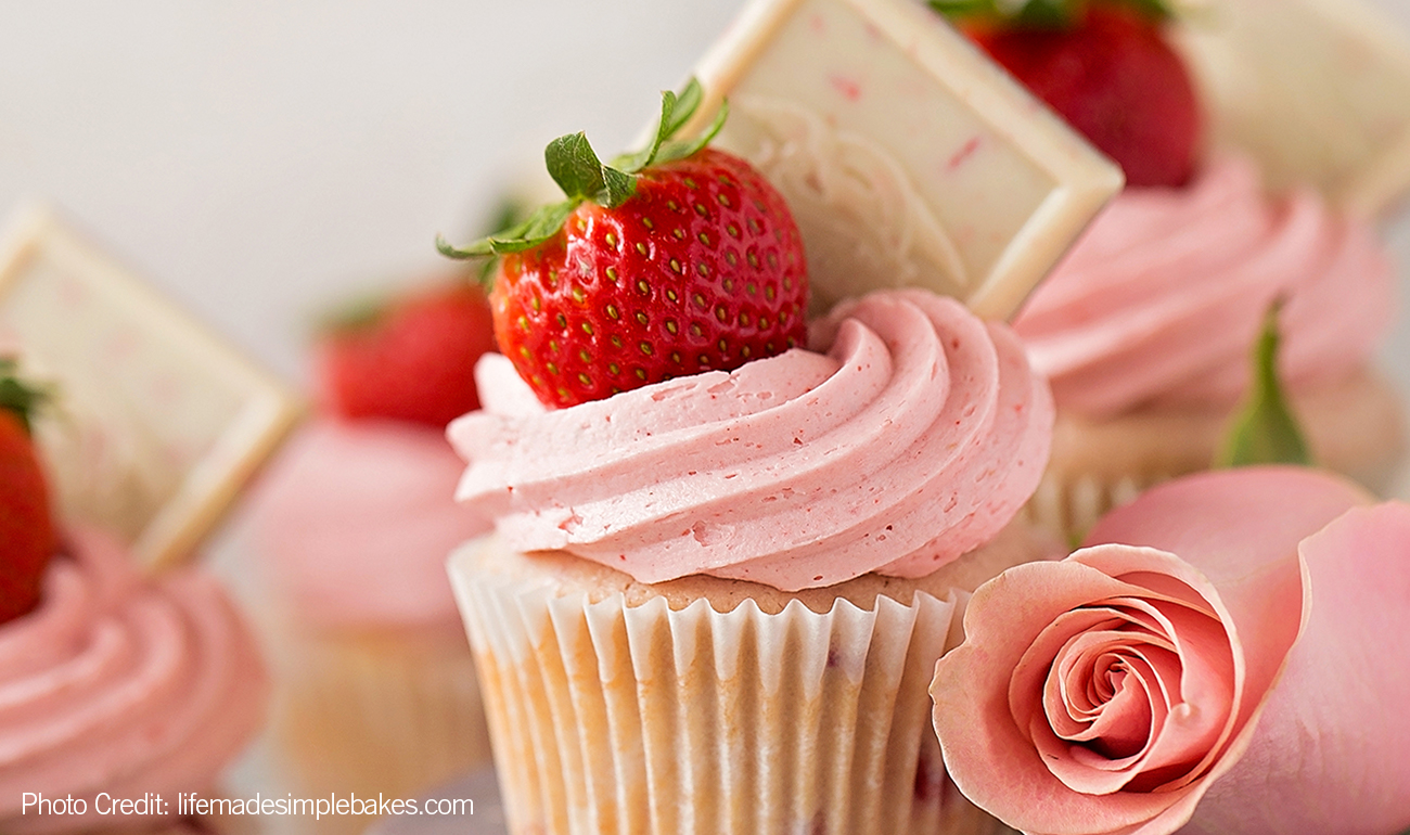 Strawberry Cupcake with Ghirardelli Chocolate