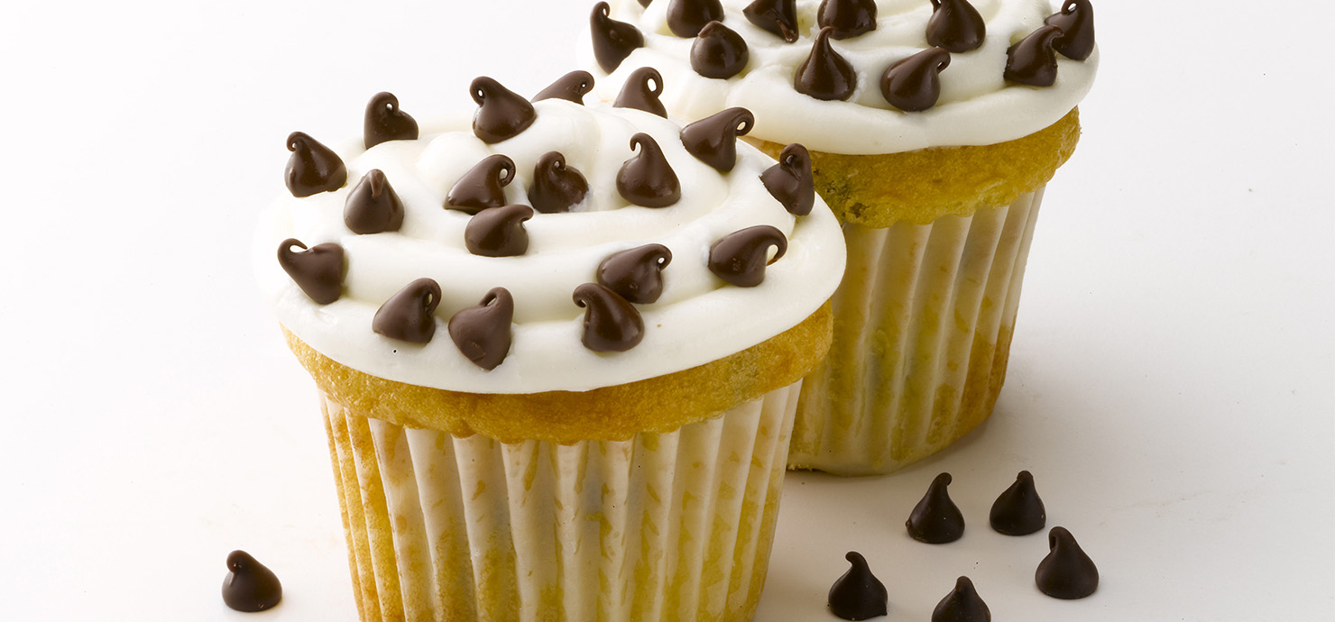 Image for Mini Chip White Cupcakes from Ghirardelli