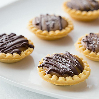 Mini Salted Caramel Pies