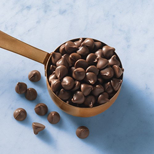 Image for Semi-Sweet Chocolate Chips (25 lb. / 1000 ct. per lb.) from Ghirardelli